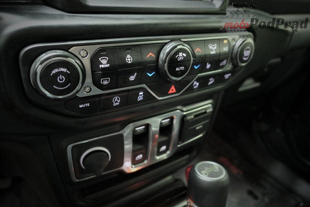 Jeep Wrangler 30 1024x683 Test: Jeep Wrangler Sahara   piasku po dziurki w nosie