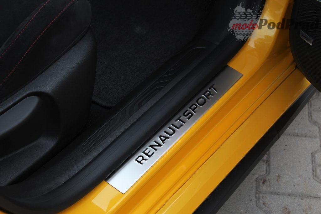 Trophy napis2 1024x683 Test: Renault Megane RS Trophy   żółty i gorący