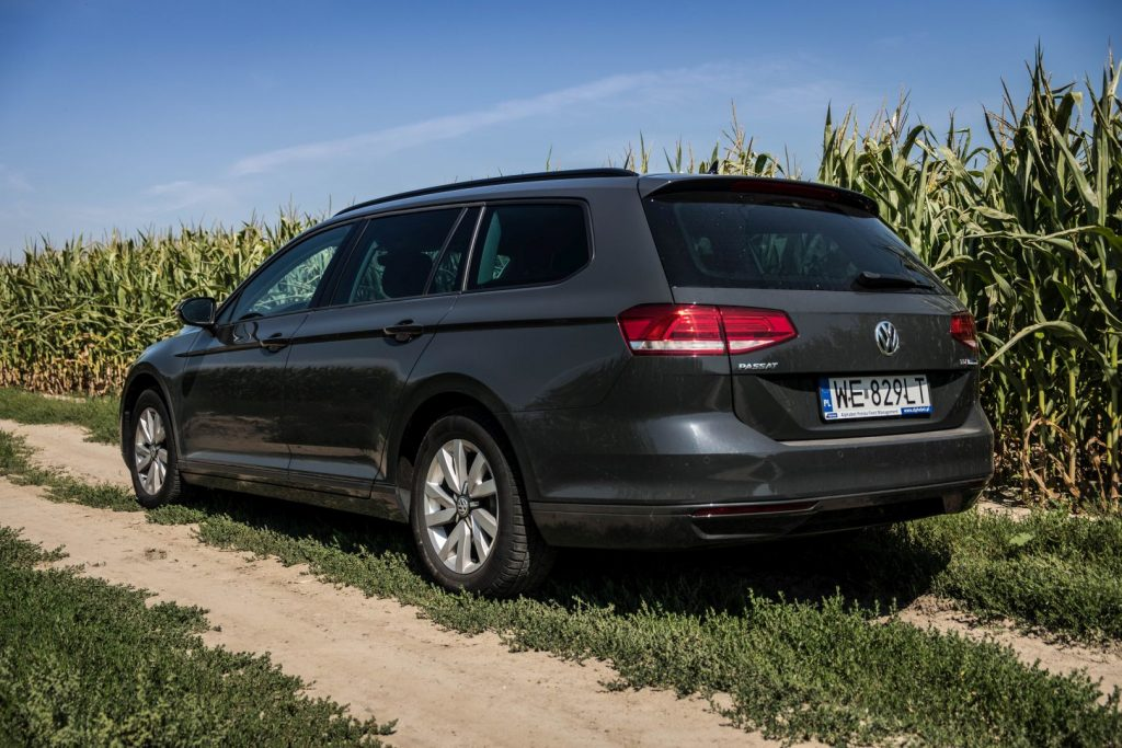 czy warto kupic passat b8 1 1024x683 Używane: Poleasingowy VW Passat 1.6 TDI 120 KM   oszczędny i przyjemny