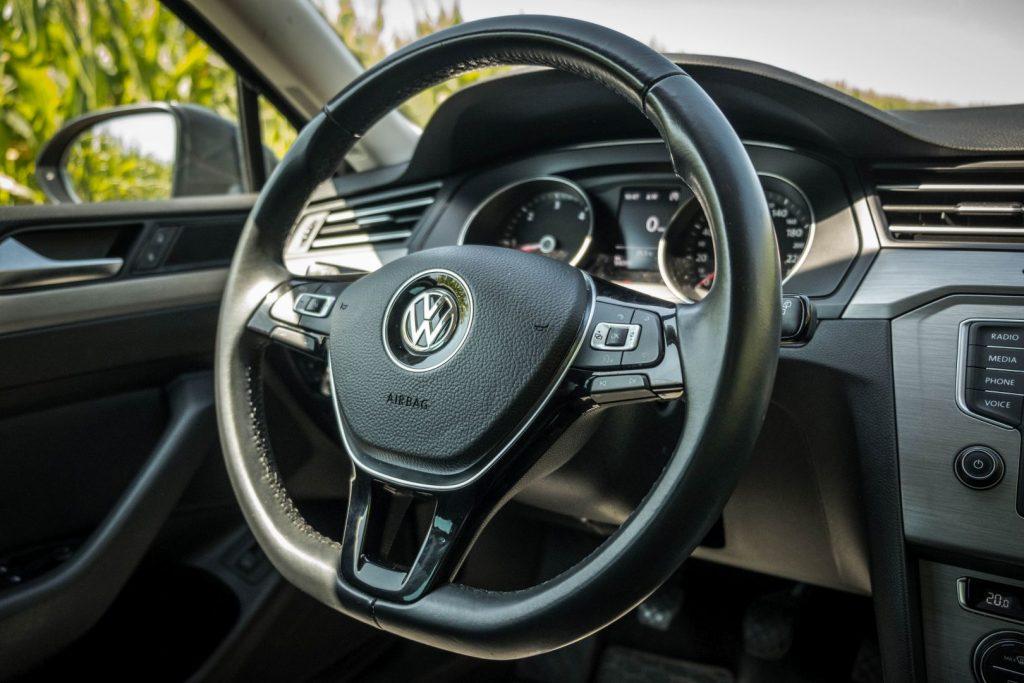 czy warto kupic passat b8 10 1024x683 Używane: Poleasingowy VW Passat 1.6 TDI 120 KM   oszczędny i przyjemny