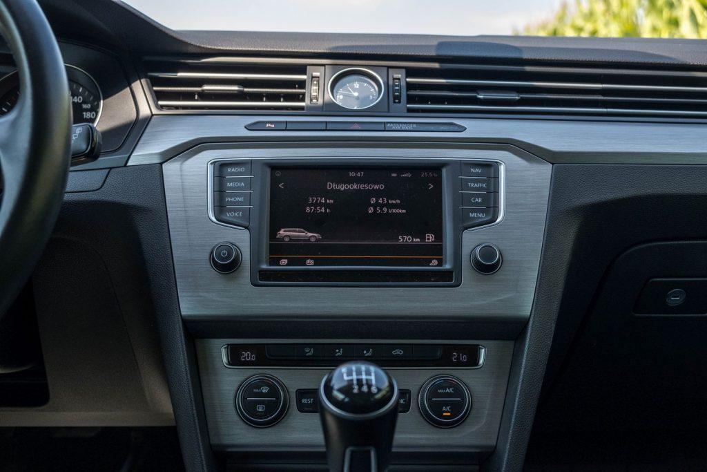 czy warto kupic passat b8 8 1024x683 Używane: Poleasingowy VW Passat 1.6 TDI 120 KM   oszczędny i przyjemny