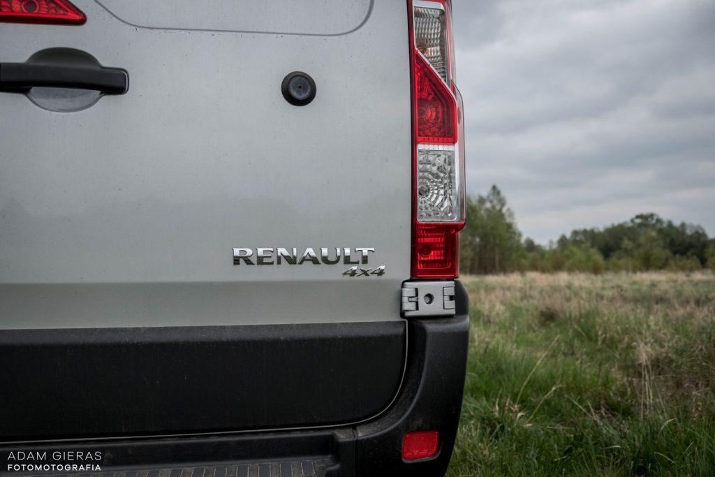 master 14 1024x683 Porównanie: Renault Master vs Volskwagen Crafter – offroadowe starcie dostawczaków