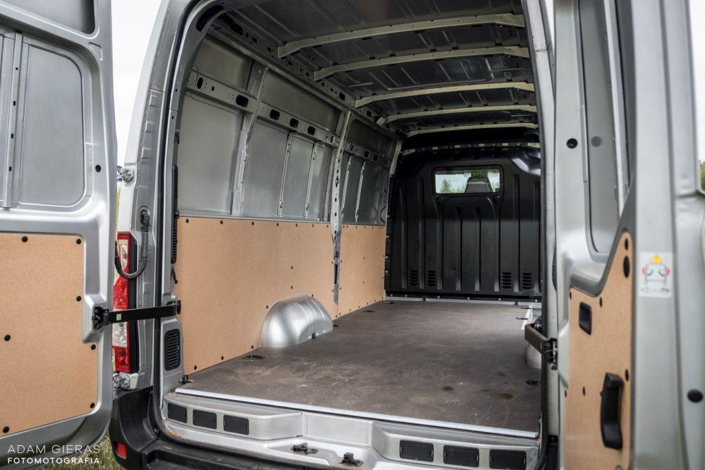 master 15 1024x683 Porównanie: Renault Master vs Volskwagen Crafter – offroadowe starcie dostawczaków