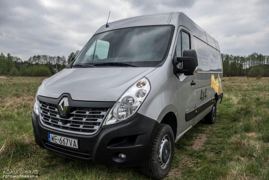 master 4 1024x683 Porównanie: Renault Master vs Volskwagen Crafter – offroadowe starcie dostawczaków