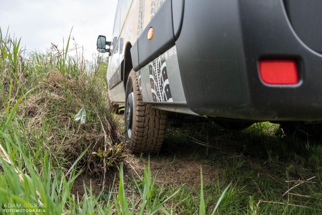 master 9 1024x683 Porównanie: Renault Master vs Volskwagen Crafter – offroadowe starcie dostawczaków