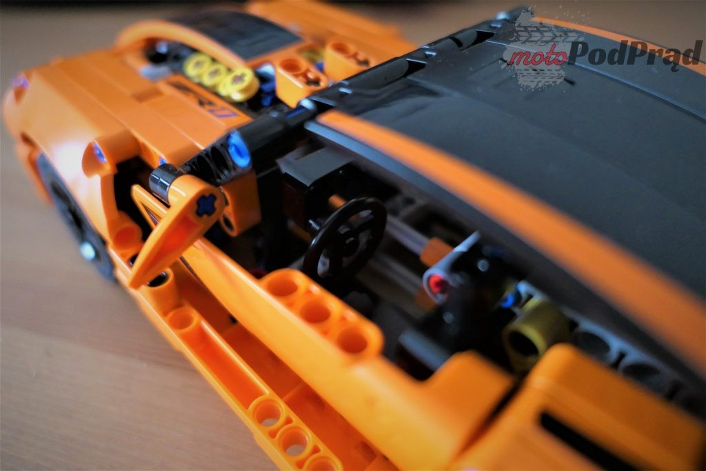 Chevrolet Corvette Zr1 lego 11 1024x683 Składamy Corvette ZR1 z LEGO