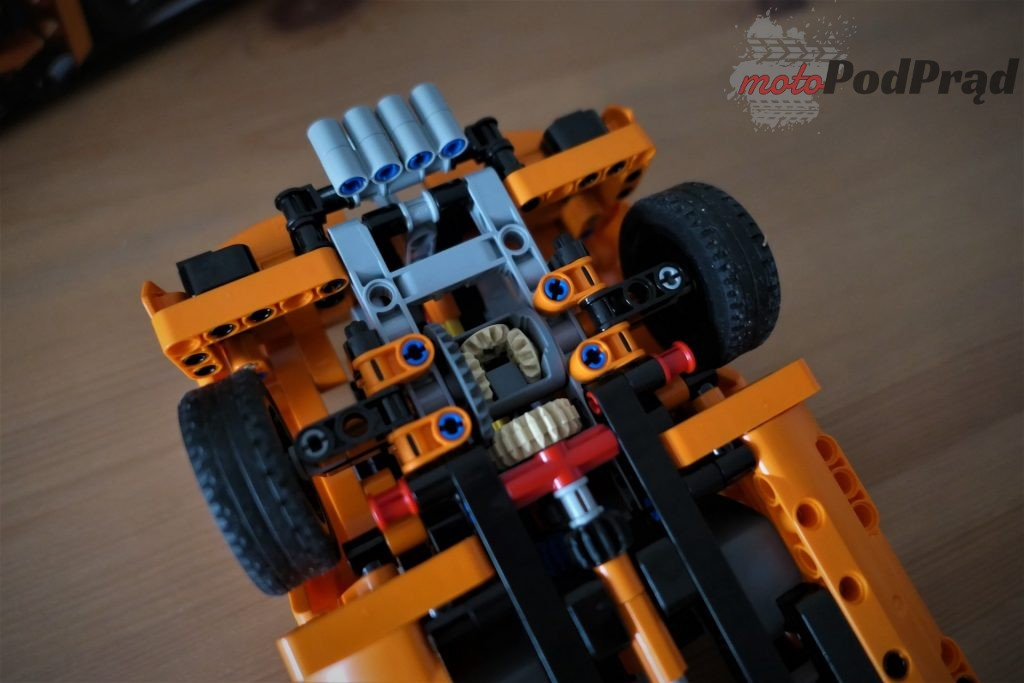 Chevrolet Corvette Zr1 lego 14 1024x683 Składamy Corvette ZR1 z LEGO