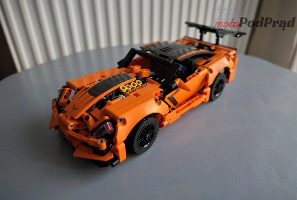 Chevrolet Corvette Zr1 lego 16 1024x689 Składamy Corvette ZR1 z LEGO