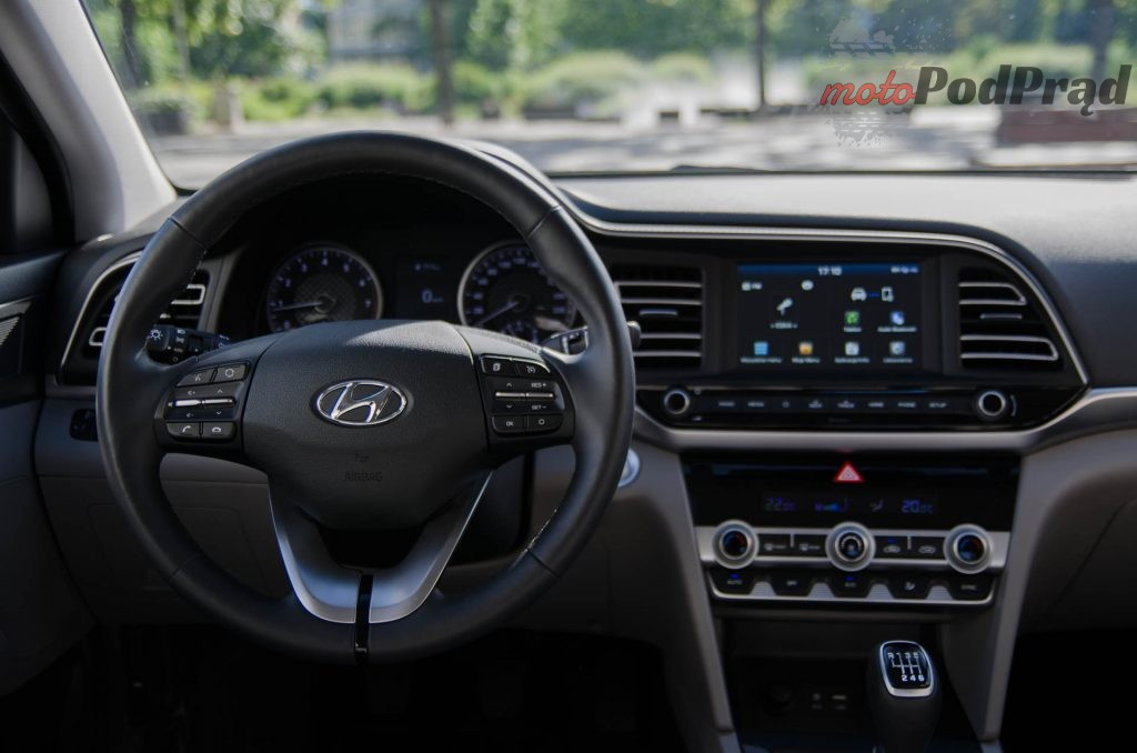 Hyundai Elantra 7 1024x678 Test: Hyundai Elantra 1.6 MPI   kolejna świetna Elantra