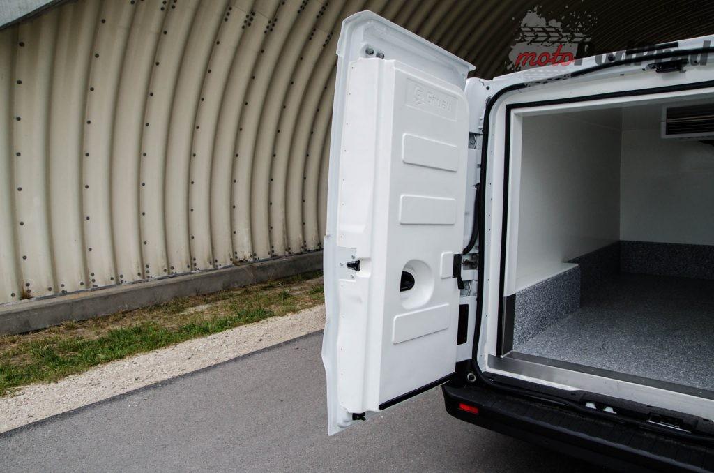 Renault Trafic izoterma 7 1024x678 Test: Renault Trafic Furgon   izoterma wewnętrzna