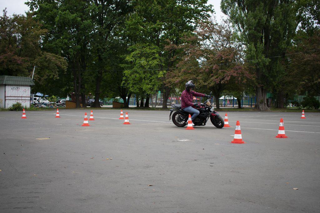 plac6 1024x683 Prawo jazdy na motocykl: kurs i egzamin