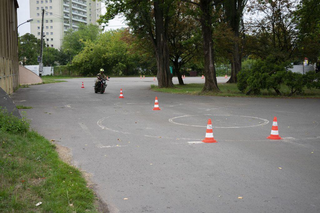 plac7 1024x683 Prawo jazdy na motocykl: kurs i egzamin
