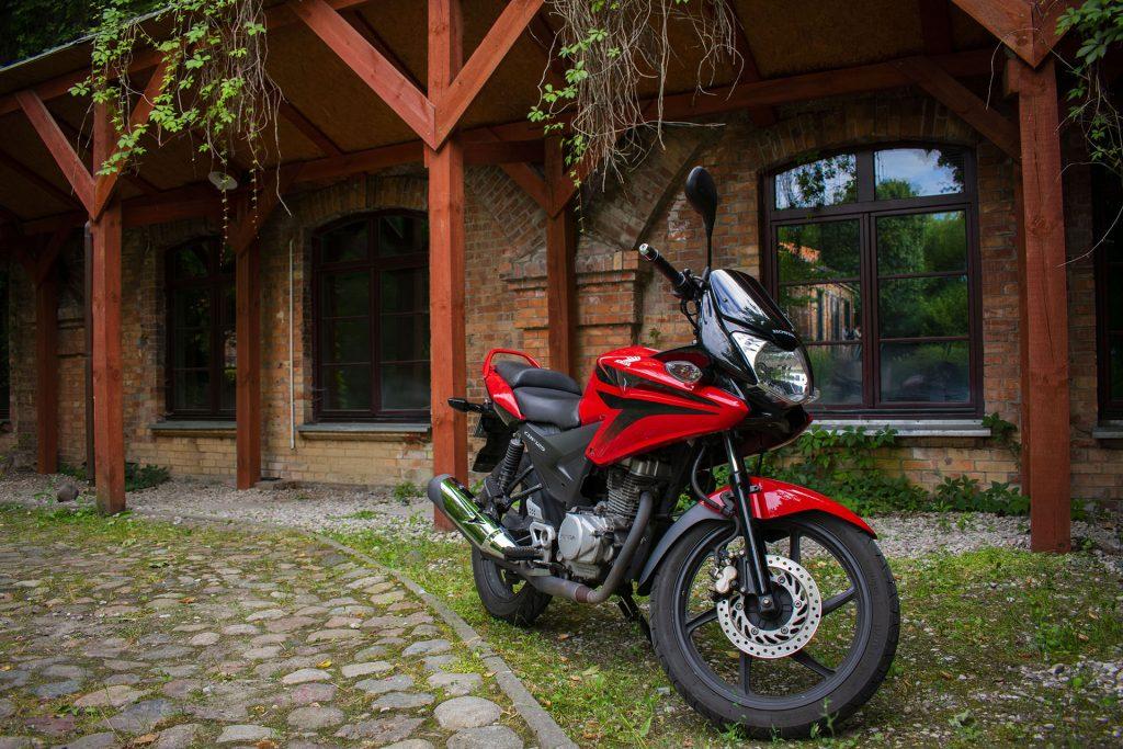zdjmoto1 1024x683 Test: Honda CBF125