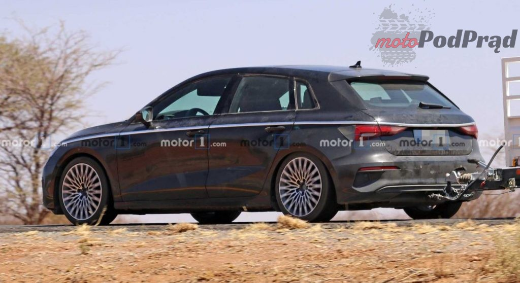 2019 09 27 16 09 26 2020 Audi A3 Caught Fully Exposed In New Spy Shots 1024x558 Audi A3 bez kamuflażu