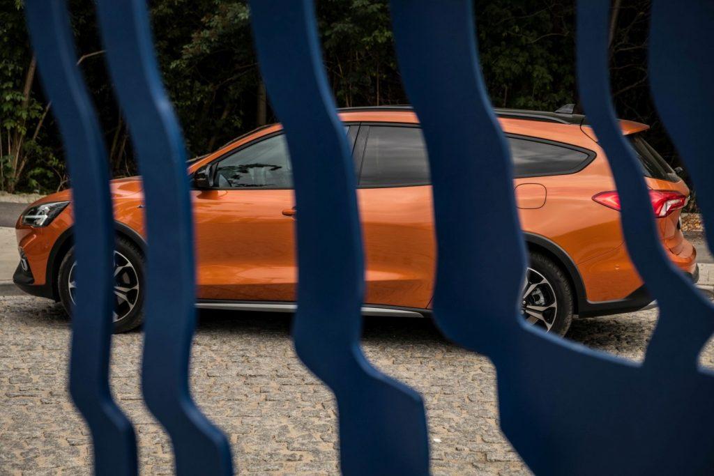 Focus Active 27 1024x683 Test: Ford Focus Active Crossover 1.5 EcoBoost 182 KM AT   pełny sprzeczności