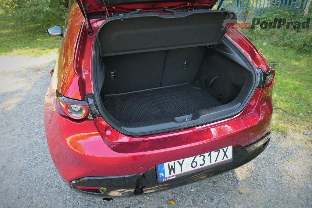 Mazda 3 11 1024x682 Test: Mazda 3   klasowy kompakt