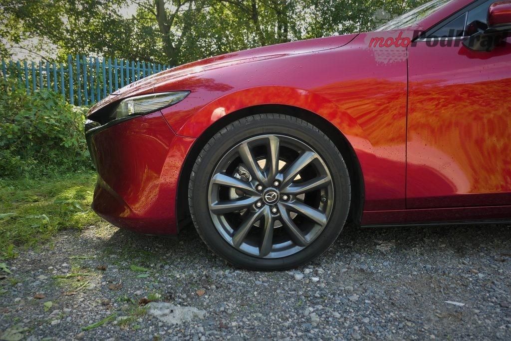 Mazda 3 13 1024x683 Test: Mazda 3   klasowy kompakt