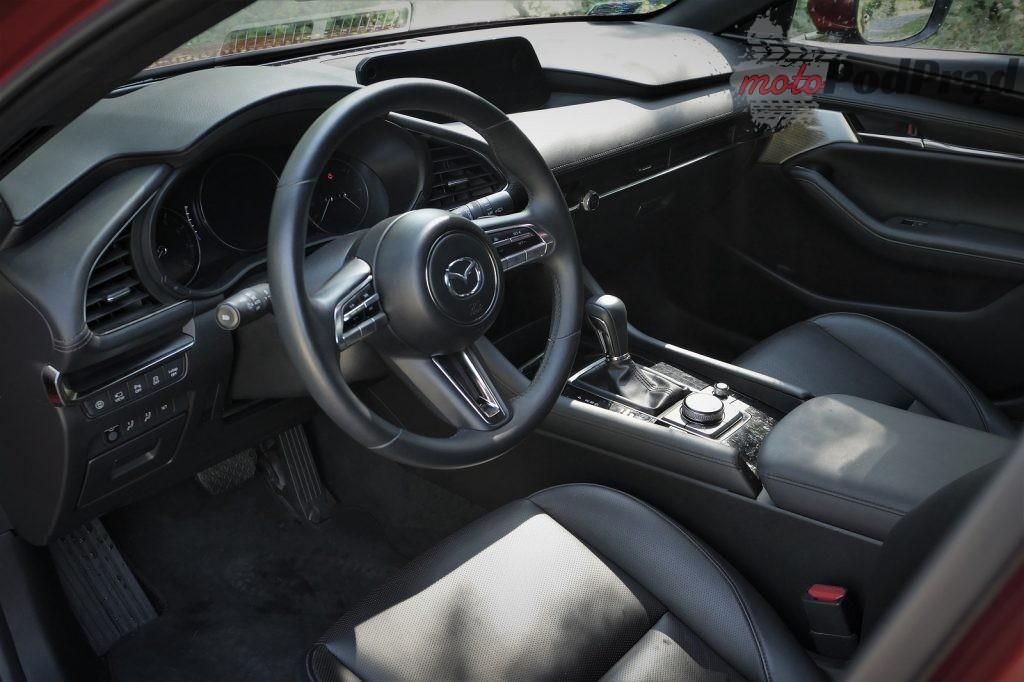 Mazda 3 17 1024x682 Test: Mazda 3   klasowy kompakt