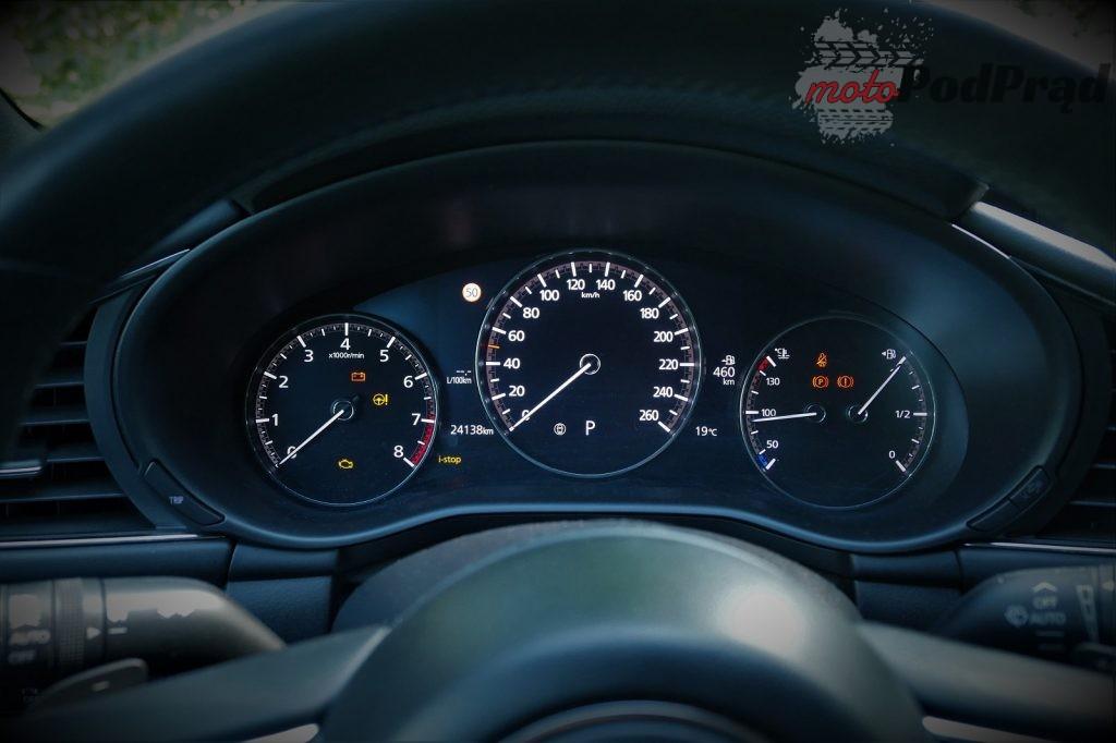 Mazda 3 22 1024x682 Test: Mazda 3   klasowy kompakt