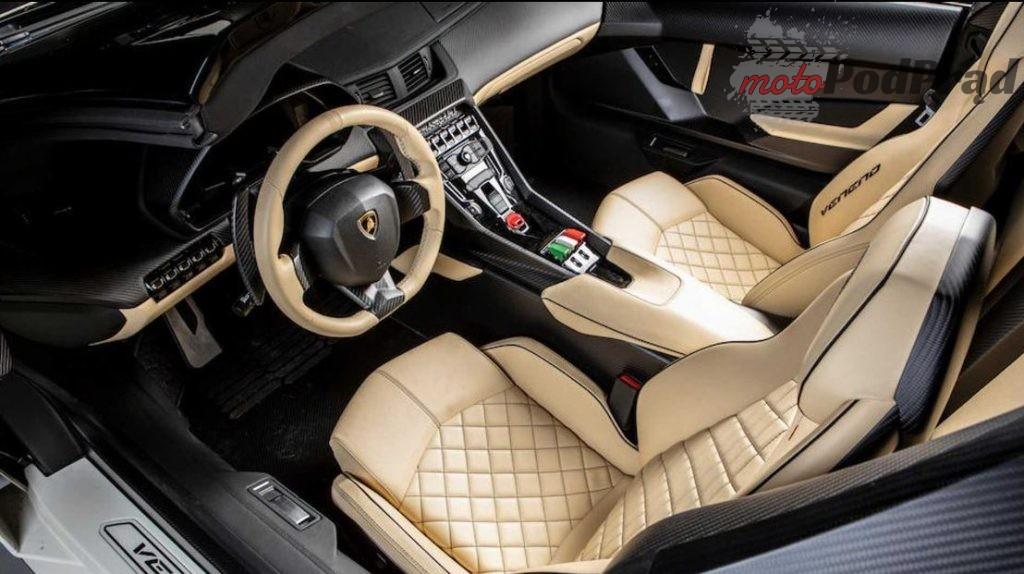 Lamborghini Veneno 4 1024x574 5 letnie Lamborghini sprzedano za ponad 8 mln dolarów