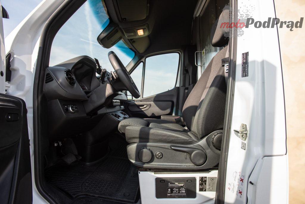 Mercedes Sprinter zabudowa kurierska 21 1024x684