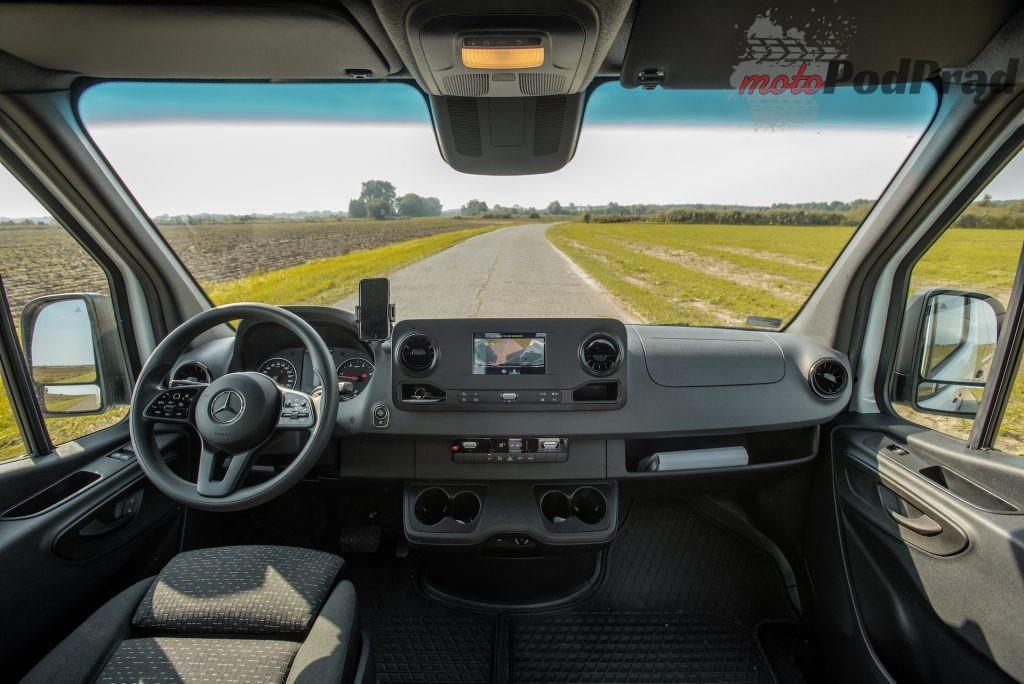 Mercedes Sprinter zabudowa kurierska 23 1024x684