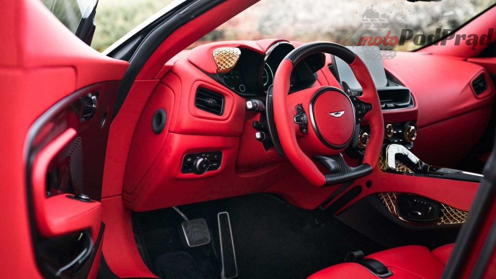 aston martin dbs gt zagato 3 1024x576 Aston Martin DBS GT Zagato   motoryzacyjne jajko Fabergé
