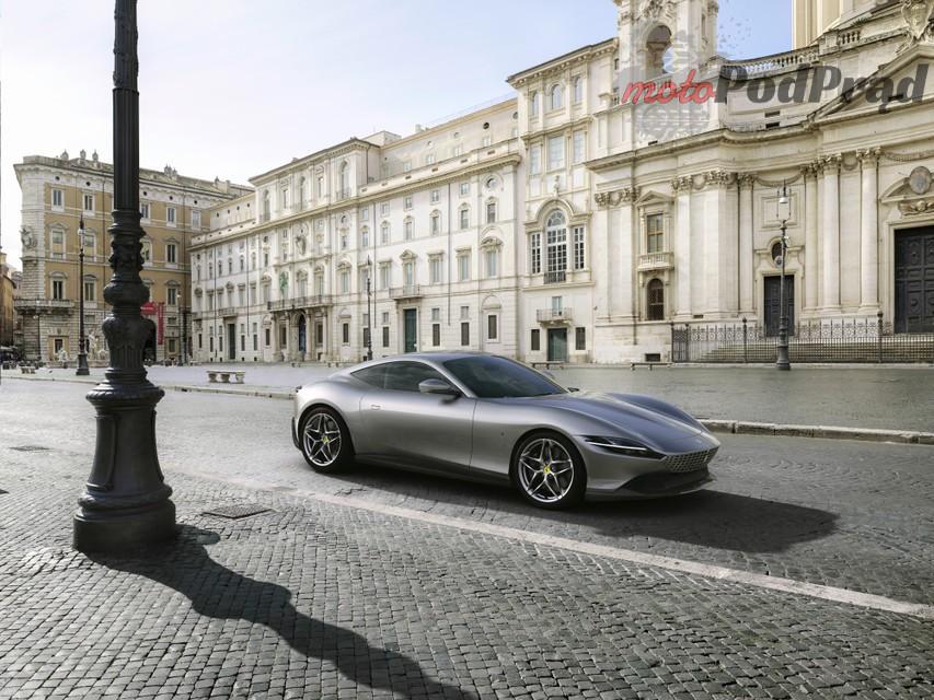 roma 3 Ferrari Roma   podstawowy model marki