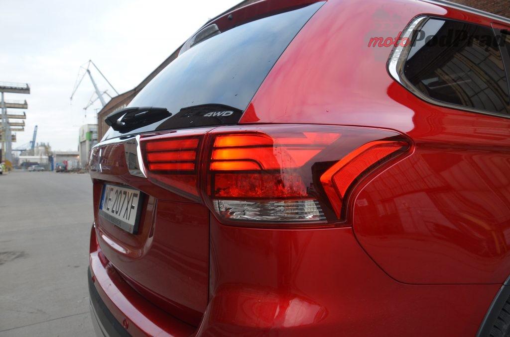 18 1 1024x678 Test: Mitsubishi Outlander – bezawaryjność kosztem diesla?