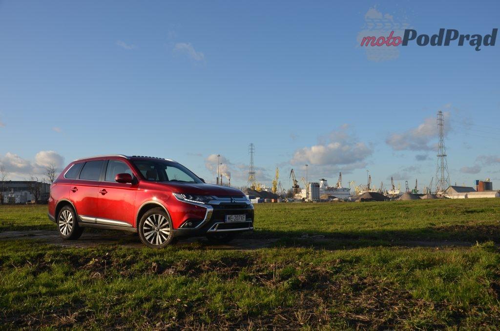 6 1 1024x678 Test: Mitsubishi Outlander – bezawaryjność kosztem diesla?