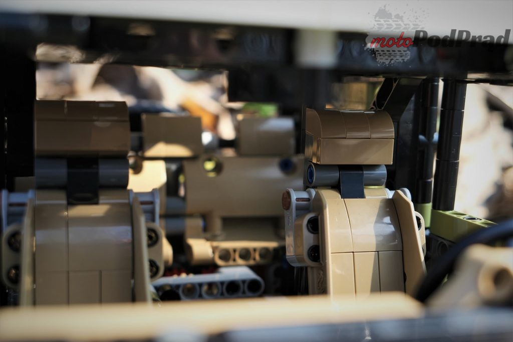Lego Defender 46 1024x682 Przygoda z Lego   Land Rover Defender