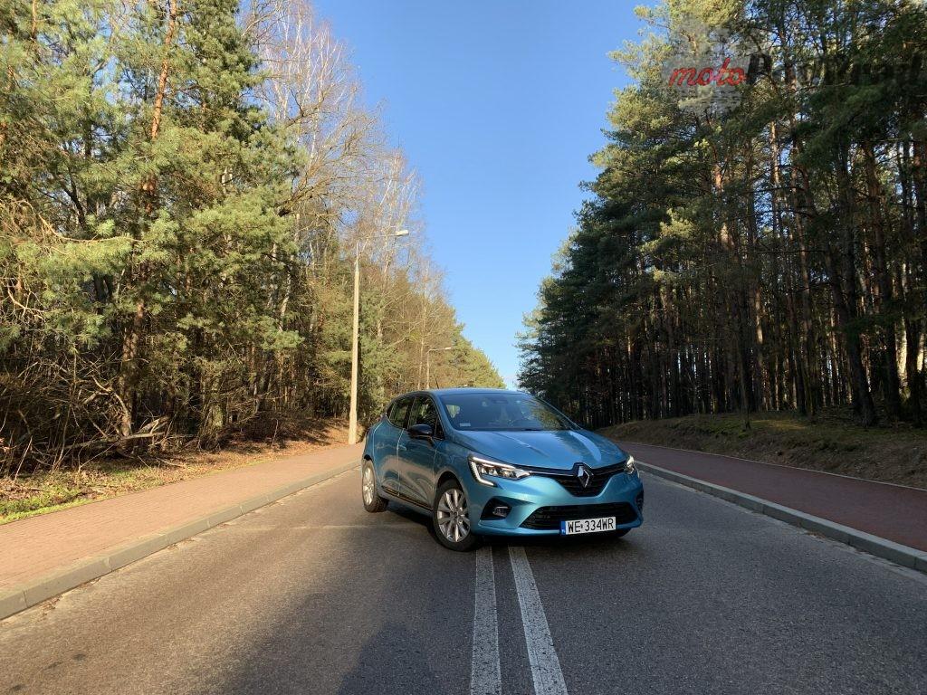 Renault Clio 4 1024x768 Test: Renault Clio   jak piątką strzelić w 10?!