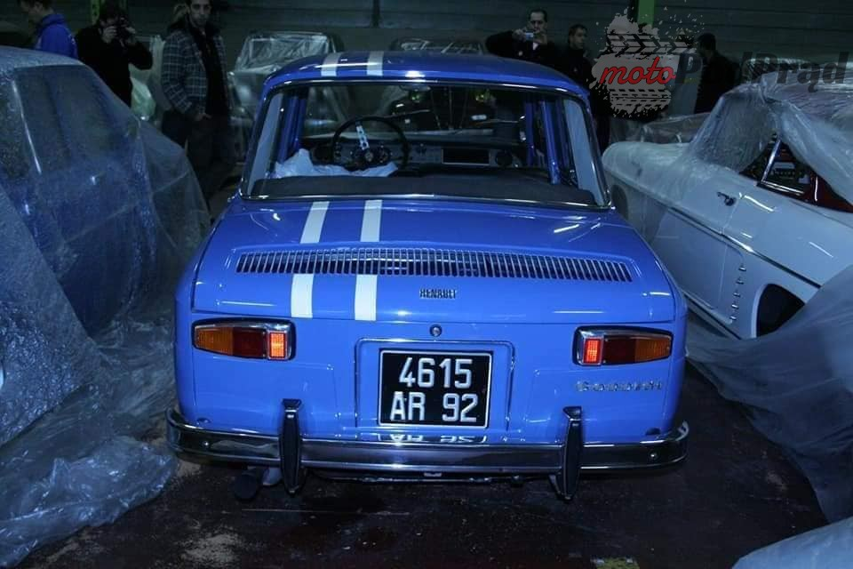 10 4 Tajemniczy garaż zabytkowych Renault