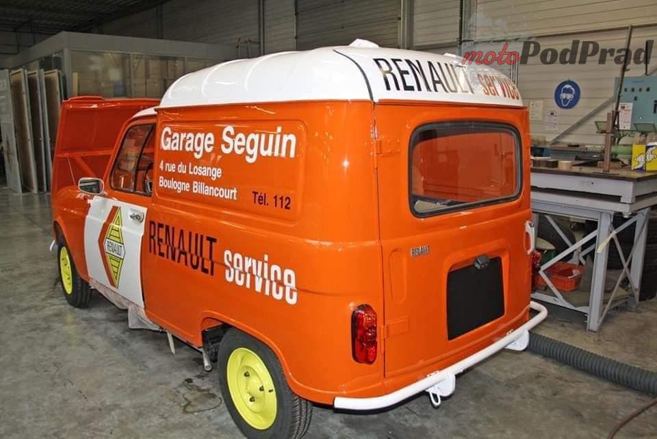 13 3 Tajemniczy garaż zabytkowych Renault