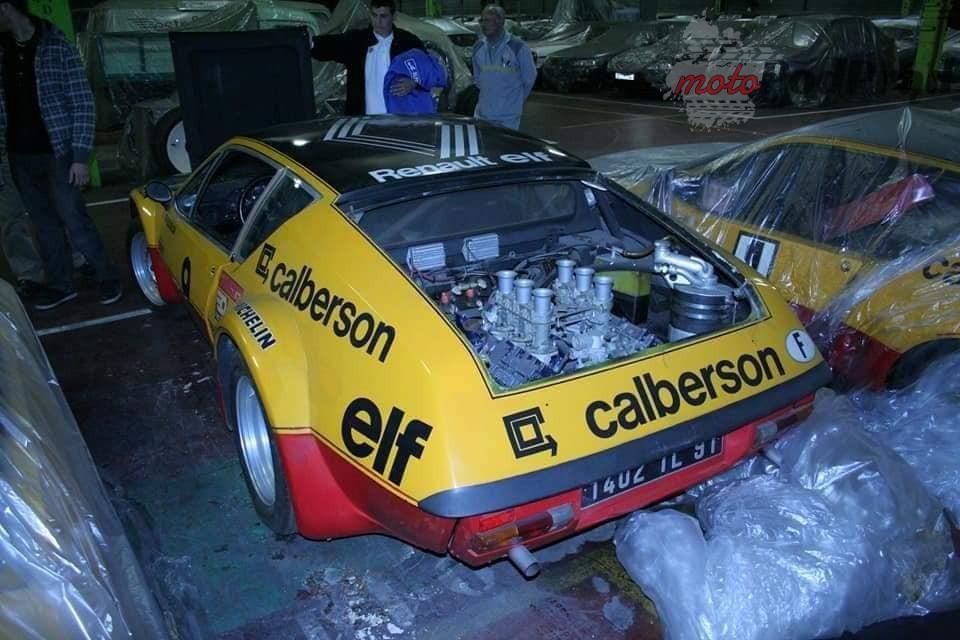 15 2 Tajemniczy garaż zabytkowych Renault