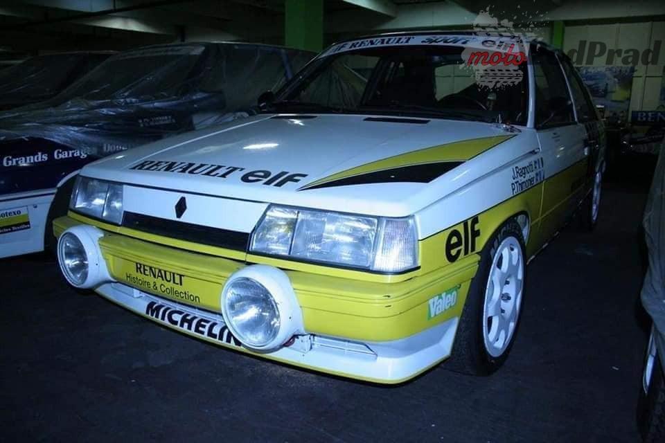 2 4 Tajemniczy garaż zabytkowych Renault