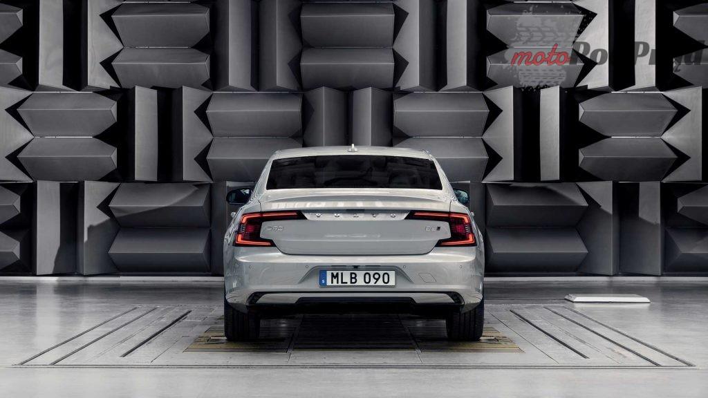 2021 volvo s90 v90 1024x576 Nowości w Volvo   S90 i V90 dostępne jako miękka hybryda