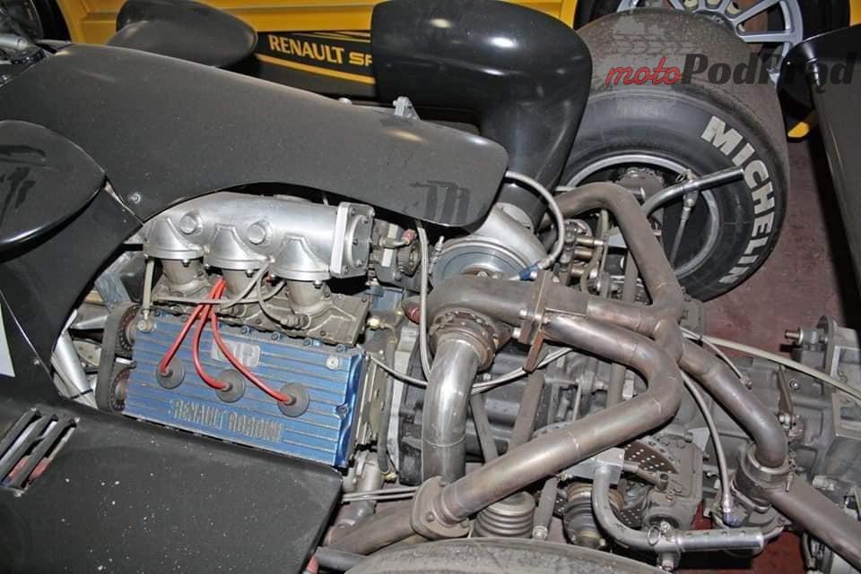 3 4 Tajemniczy garaż zabytkowych Renault