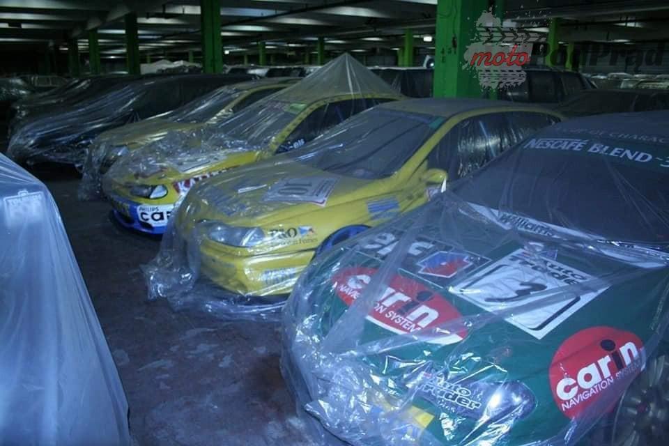6 4 Tajemniczy garaż zabytkowych Renault