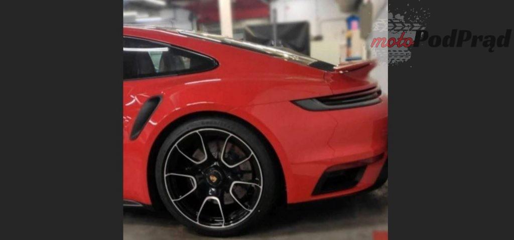 911 turbo 2 1024x479 Wyciekły zdjęcia nowego Porsche 911 Turbo S