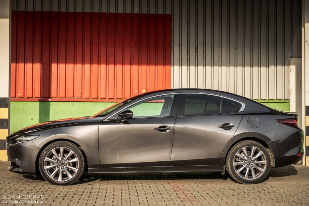 Mazda3 sedan 1 1024x683