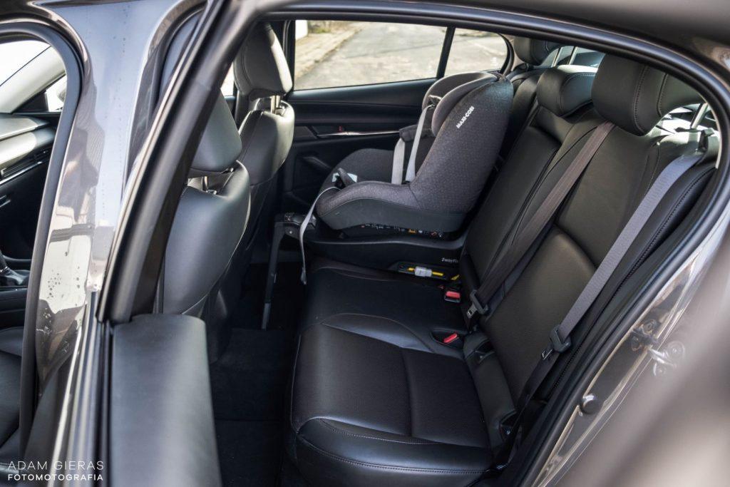 Mazda3 sedan 17 1024x683