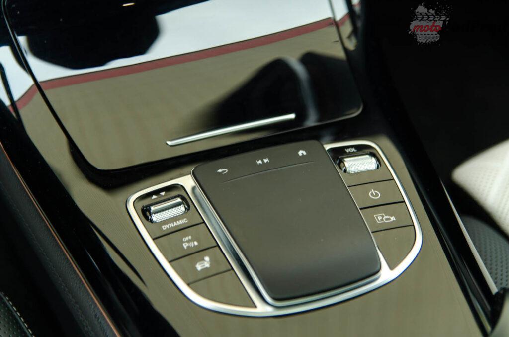 Mercedes Benz EQC 18 1024x678
