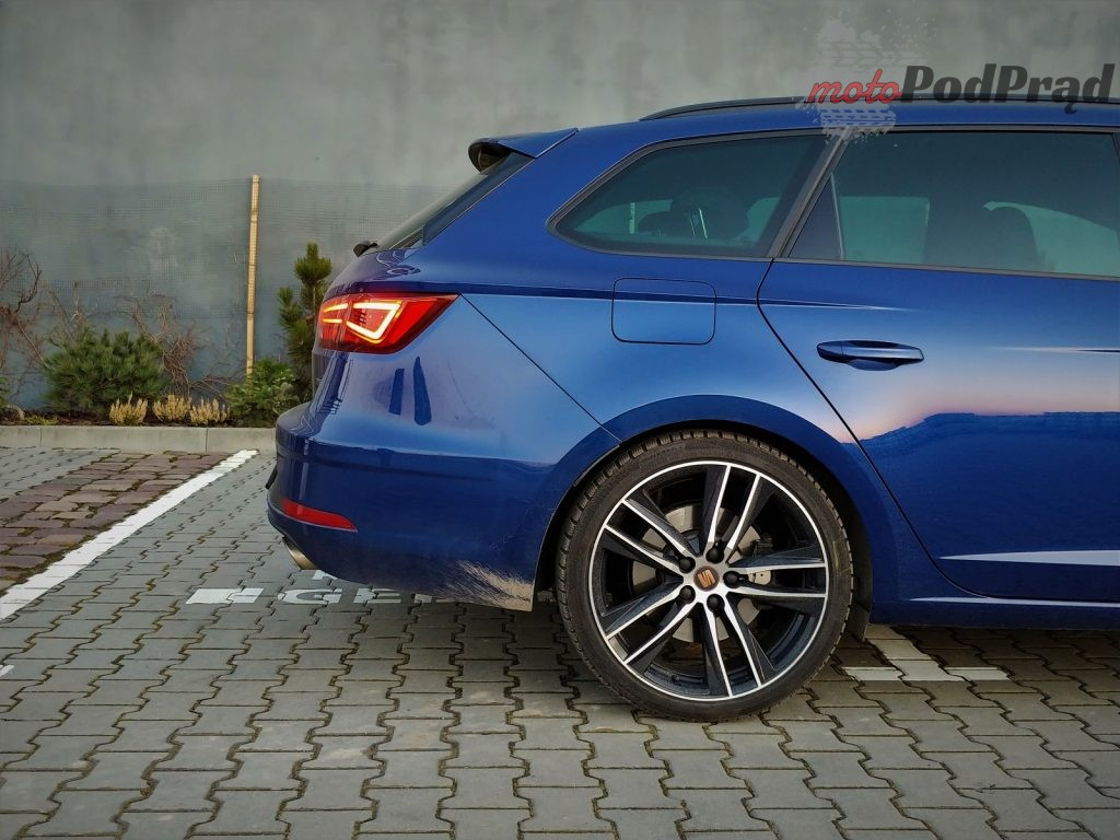cupra st 20 1024x768 Test: Seat Leon Cupra ST   po co Ci RS6?