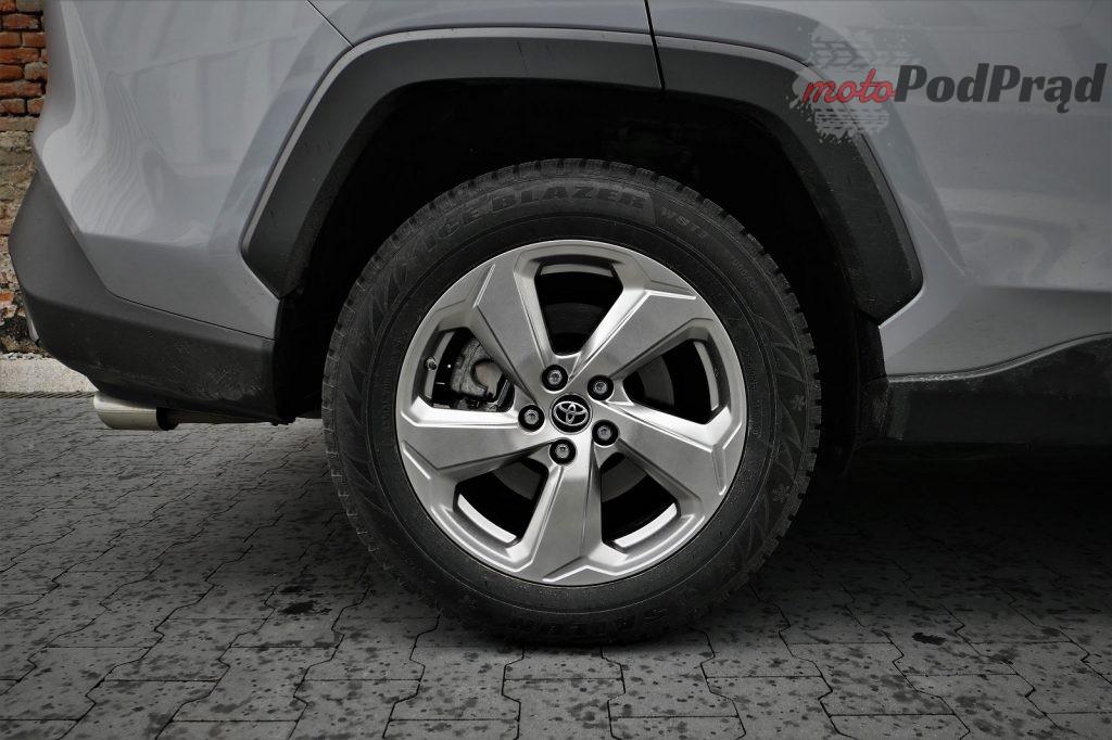 Toyota RAV4 10 1024x682 Odkryj z nami auto: Toyota RAV4 2.0 173 KM