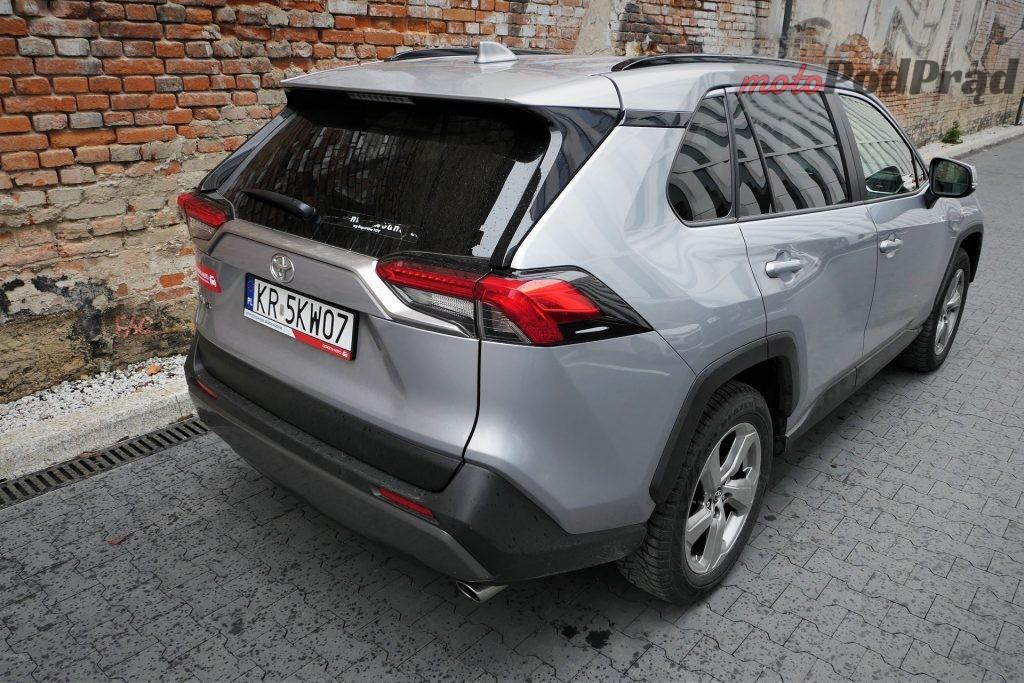 Toyota RAV4 17 1024x683 Odkryj z nami auto: Toyota RAV4 2.0 173 KM