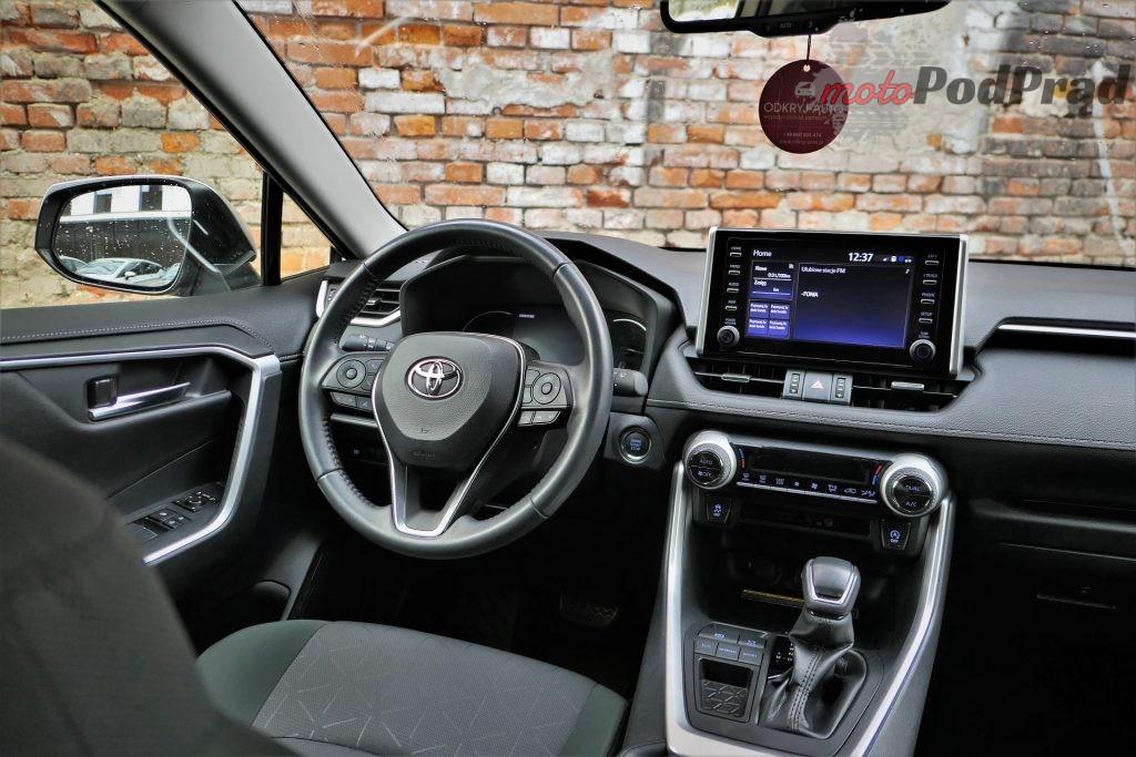Toyota RAV4 25 1024x683 Odkryj z nami auto: Toyota RAV4 2.0 173 KM