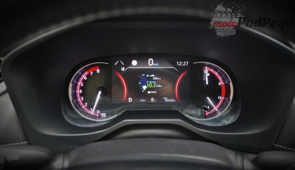 Toyota RAV4 4 1024x591 Odkryj z nami auto: Toyota RAV4 2.0 173 KM