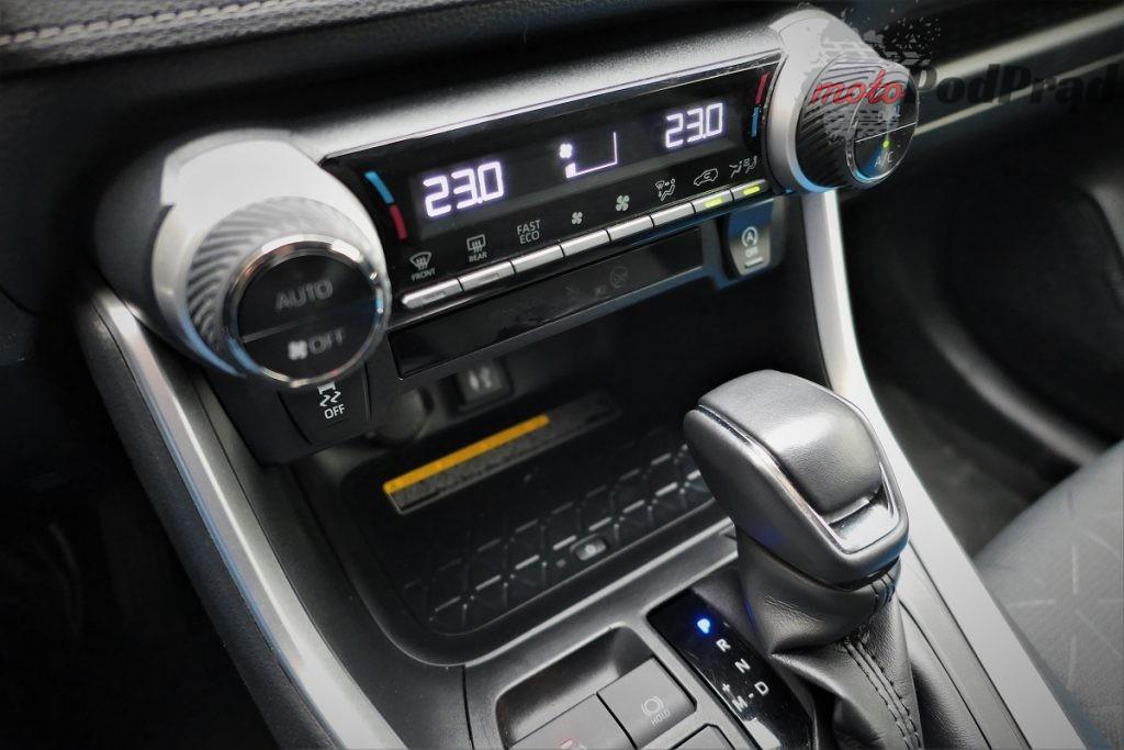 Toyota RAV4 6 1024x683 Odkryj z nami auto: Toyota RAV4 2.0 173 KM