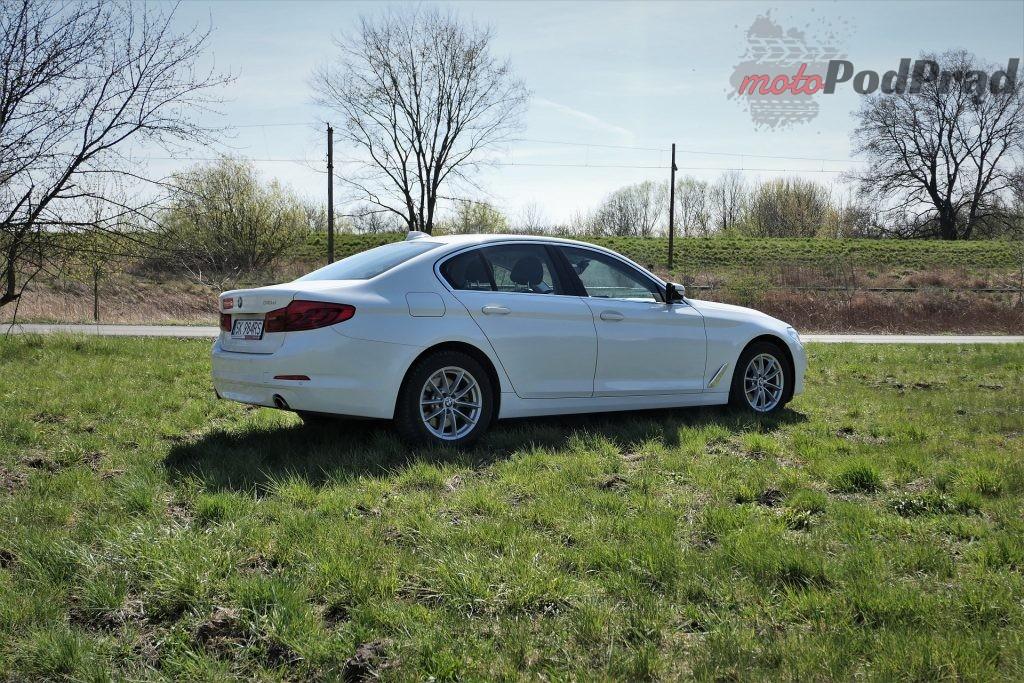 BMW 5 3 1024x683 Odkryj z nami auto: BMW Serii 5 (518d)